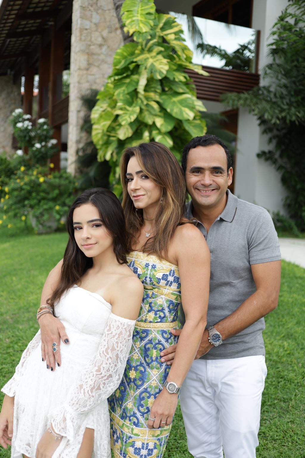 Maria Fernanda Camila Quindere E Fernando Quindere