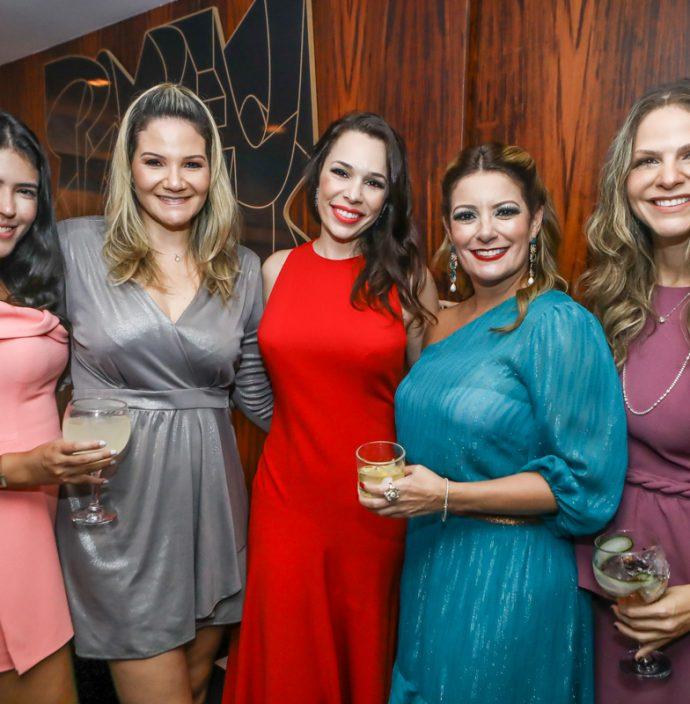 Marina Fujita, Raquel Fortes, Lorena Gomes, Tatiana Luna E Cecilia Da Fonte
