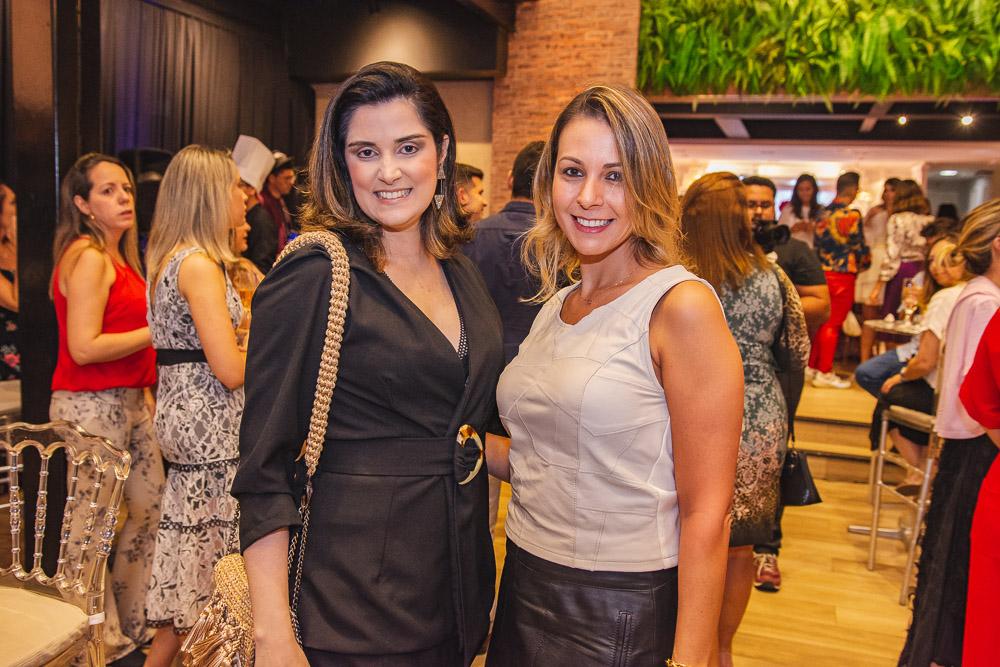 Olivia Pinto E Janaina Brock