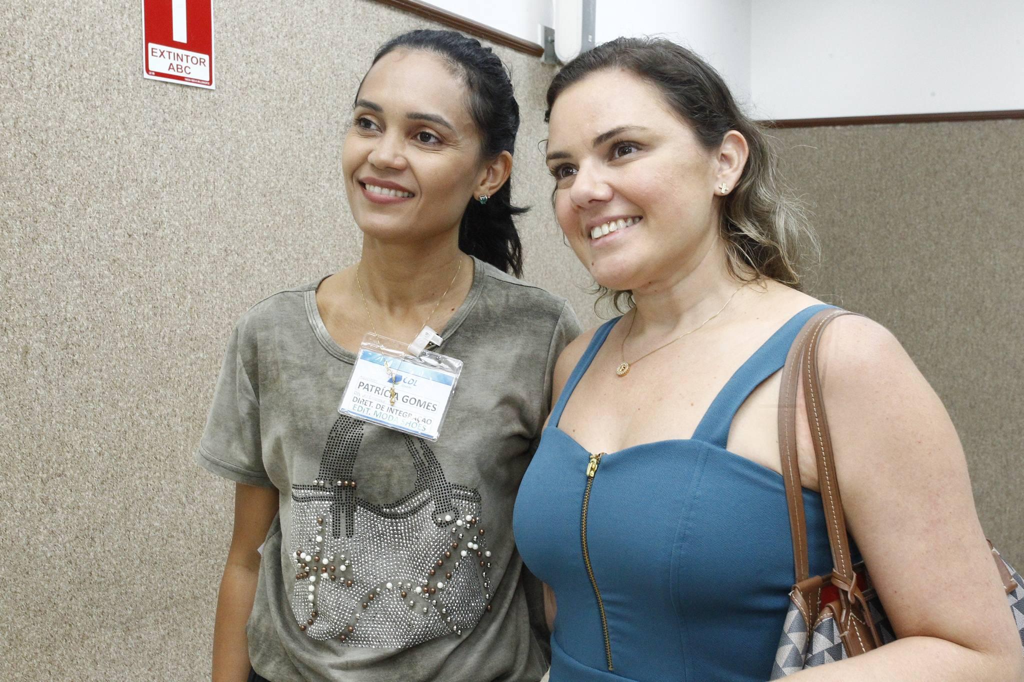 Patricia Gomes E Flimeria Ferreira