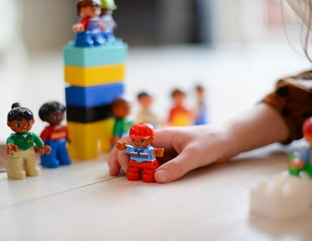 Confira dicas de como entreter as crianças durante o período de isolamento social