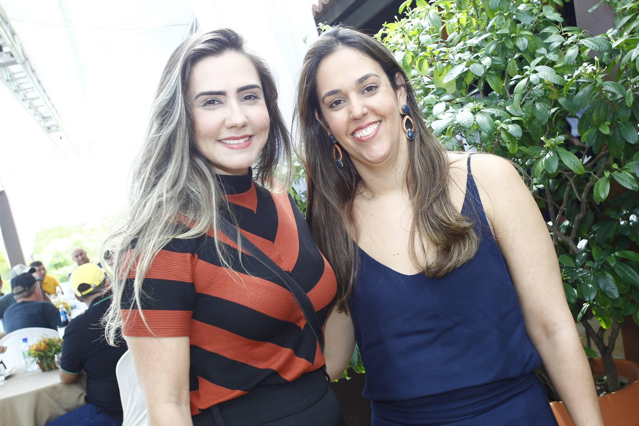 Rafaela Granjeiro E Sarah Ferrer