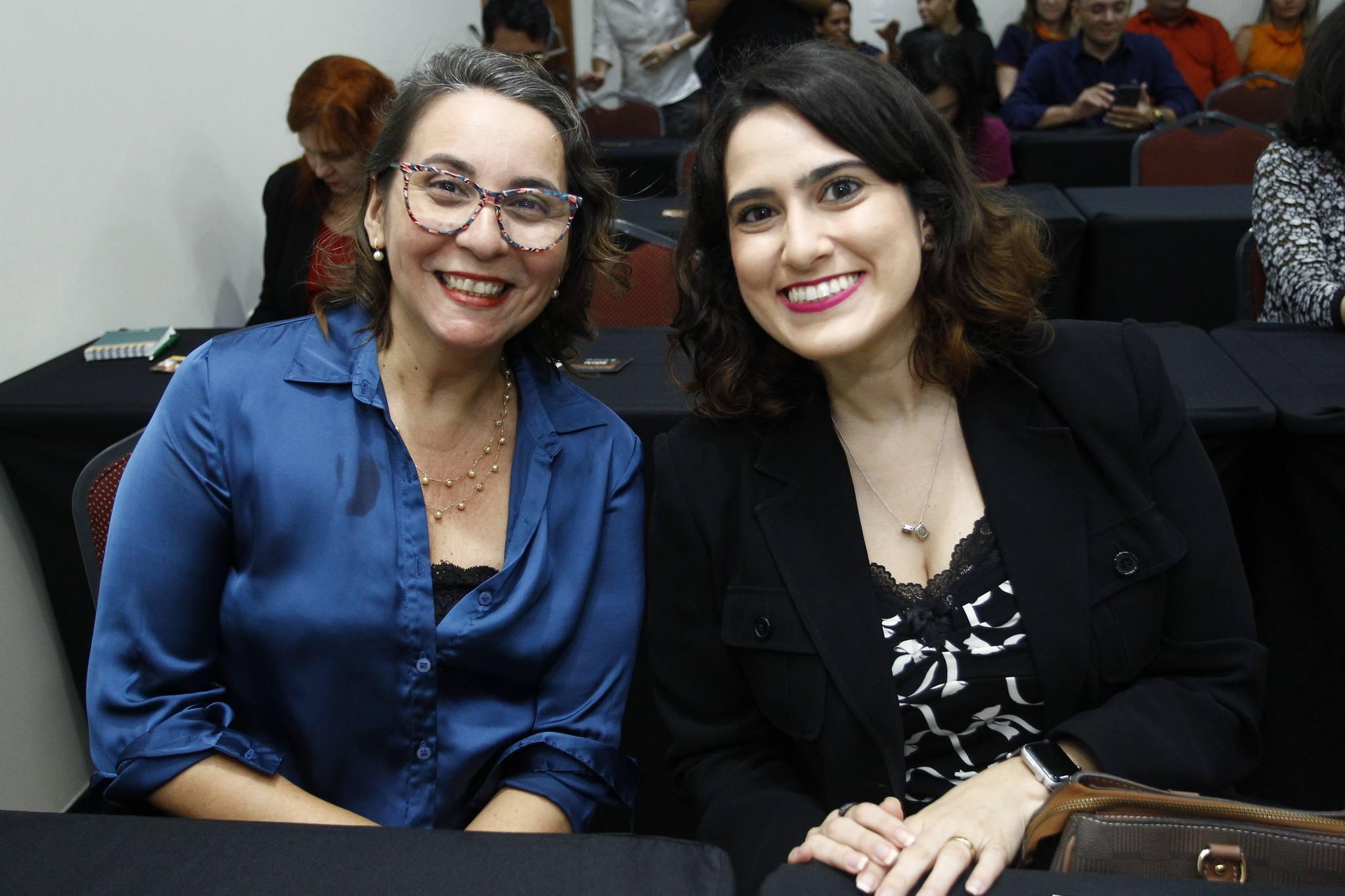 Regia Maciel E Lia Sabadia