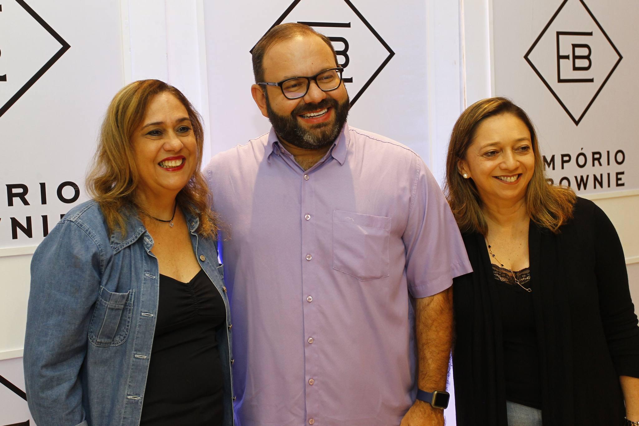 Regina Carvalho, Victor Costa E Patricia Moreira