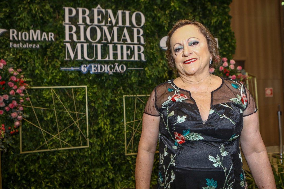 Regina Costa E Silva