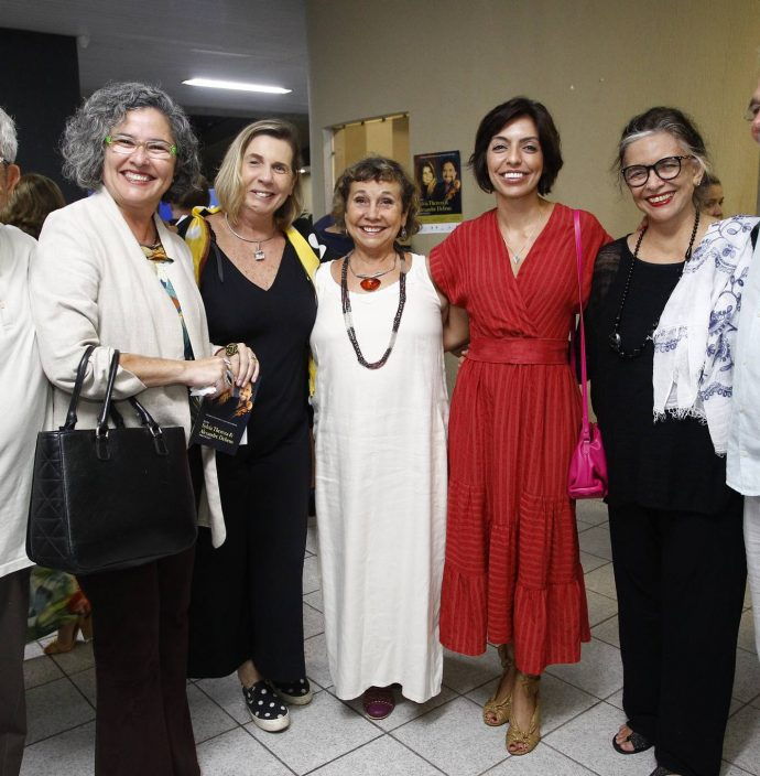 Ricardo Bezerra, Fernanda Rocha, Vania Franck, Beth Dias, Bianca Cipolla, Ana Miranda E Theovander Sander