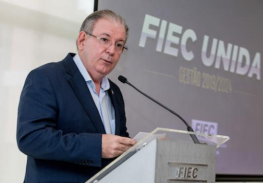 Ricardo Cavalcante cancela viagens ao exterior dos colaboradores, bem como eventos realizados na FIEC, Sesi e Senai