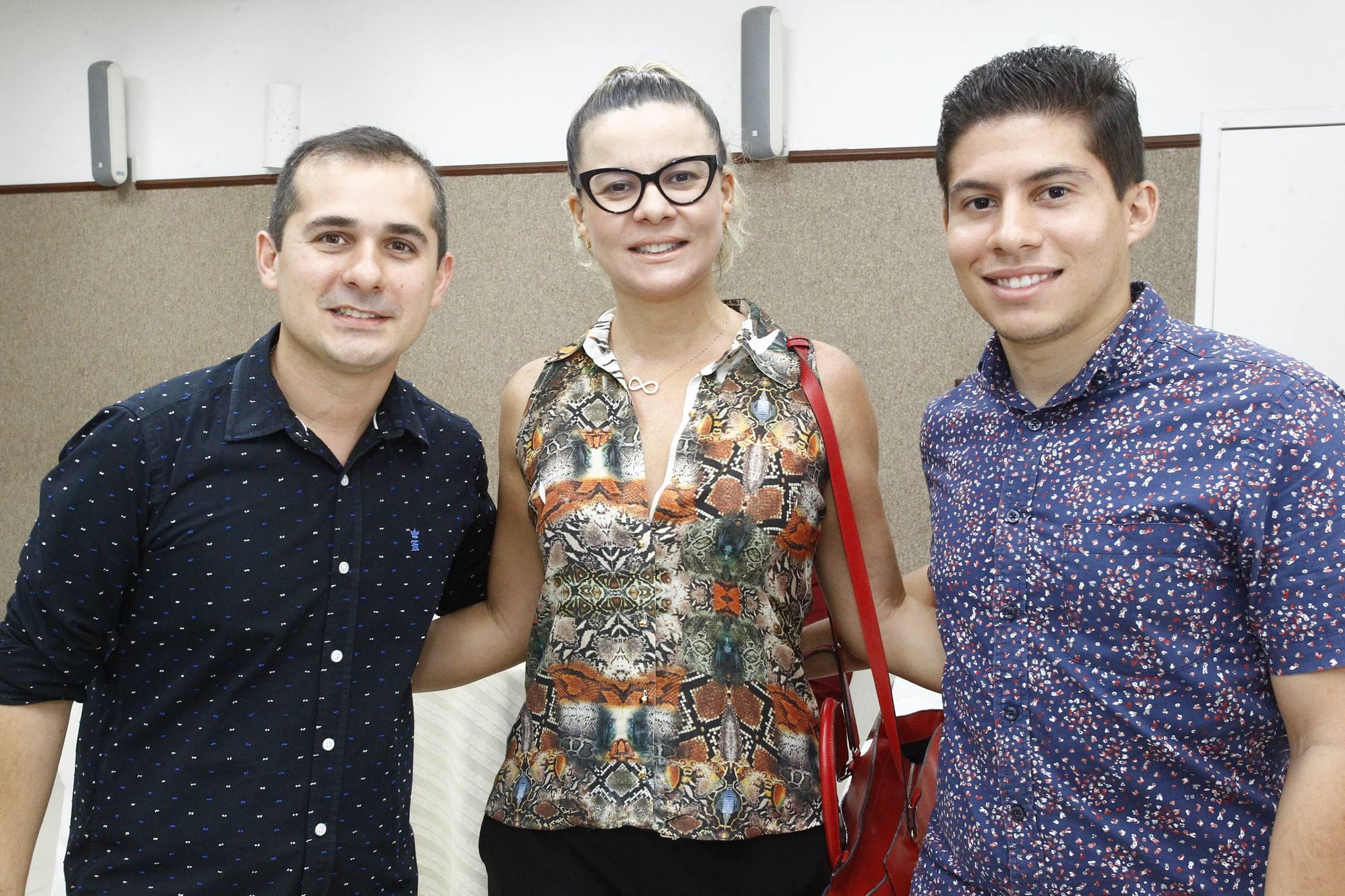 Roberto Leite Junior, Eliene E Matheus Ferreria