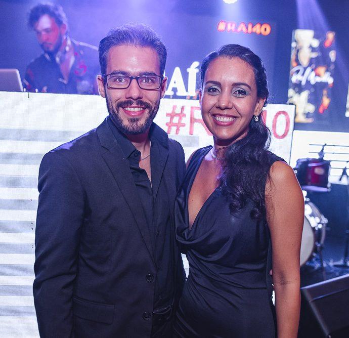 Tairo Mendonça E Nathalia Ribeiro