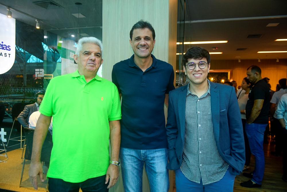 Tales De Sá Cavalcante, Wellington Oliveira E Taylor Aguiar