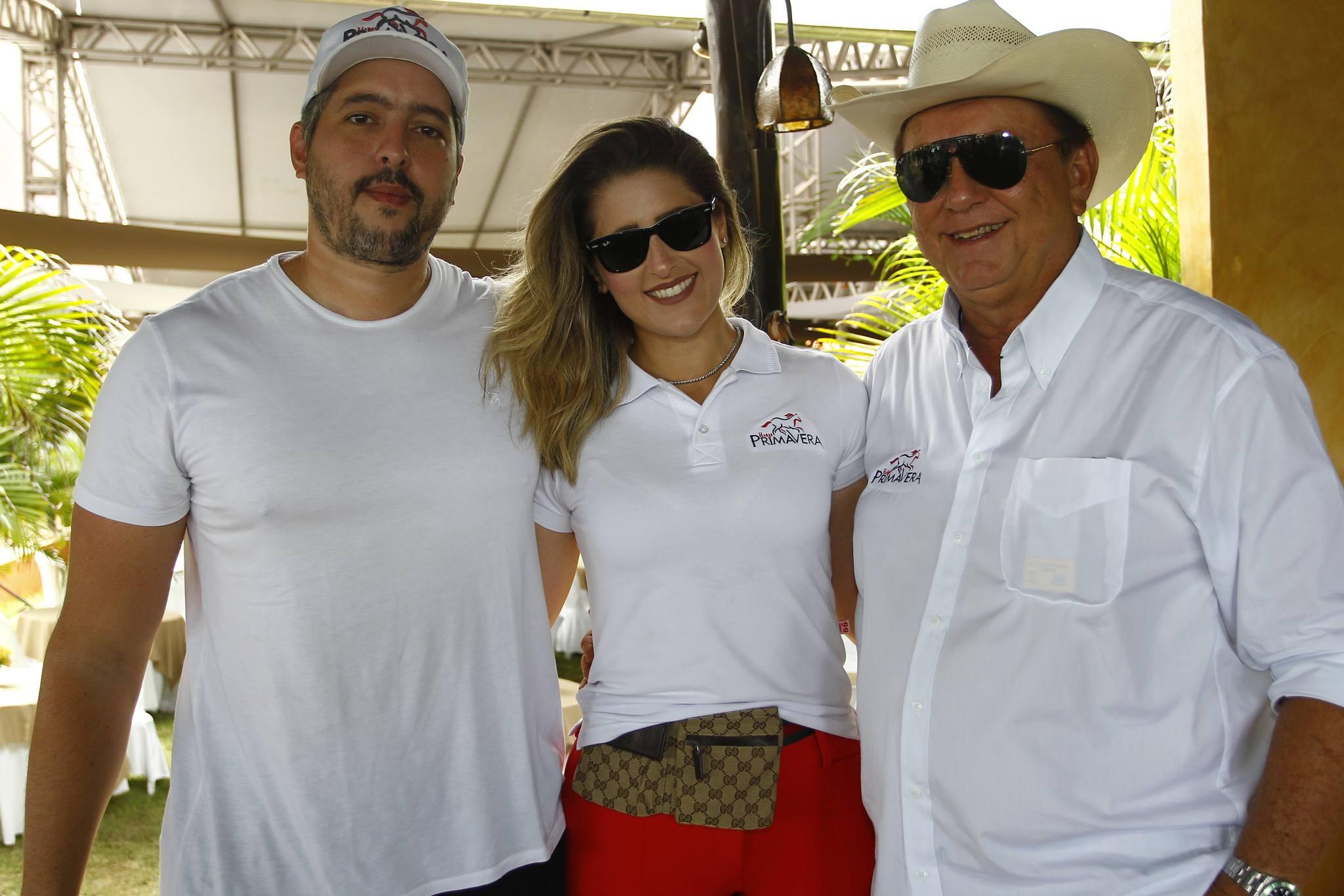 Tiago Leal, Rebeca Bastos E Rafael Leal