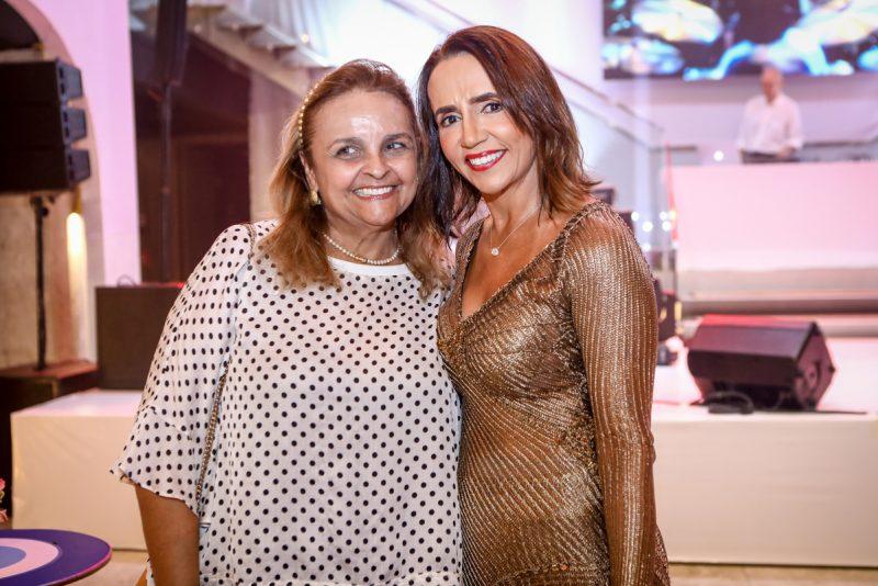 Sessão Parabéns - Carla Bayde arma uma festa cheia de bossa para festejar a nova idade