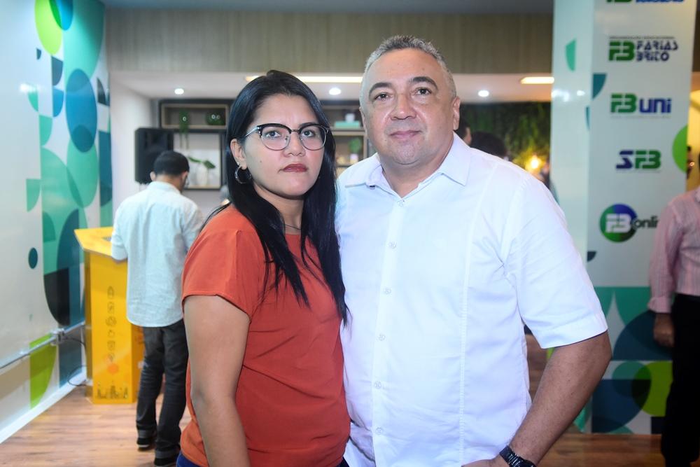 Vânia Neves E Laudemir Araújo