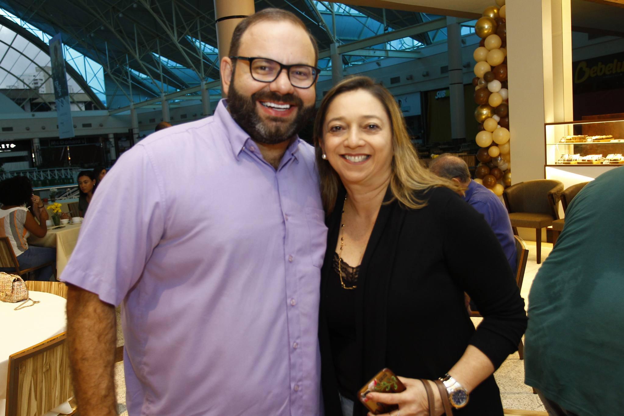 Victor Costa E Patricia Moreira