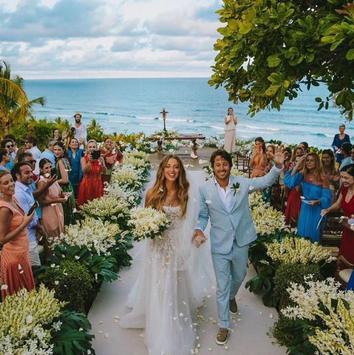 Os highlights do casamento de Marcelo Bezerra e Marcella Minelli no Txai Resort