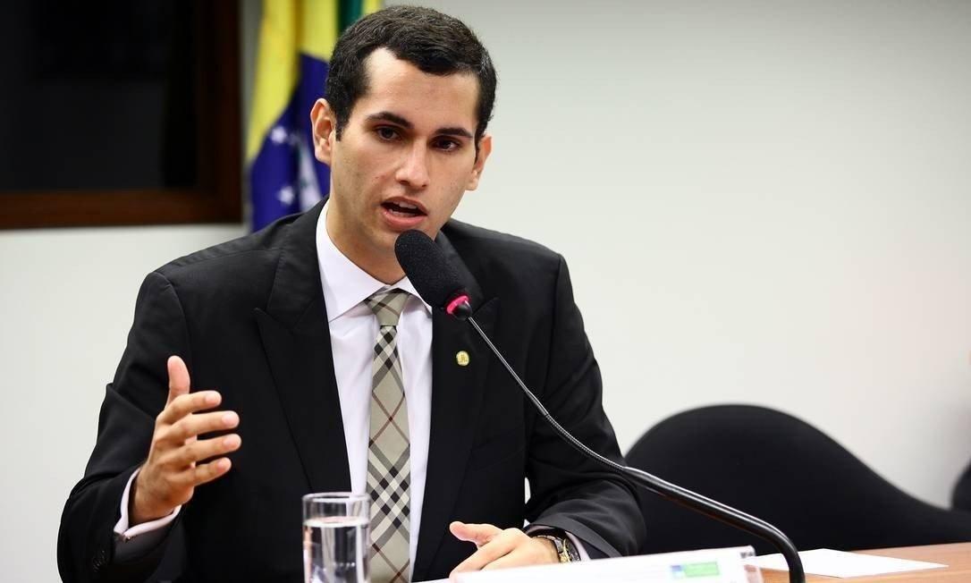 Domingos Neto comanda live nesta quinta-feira sobre Coronavírus e os cuidados com idosos