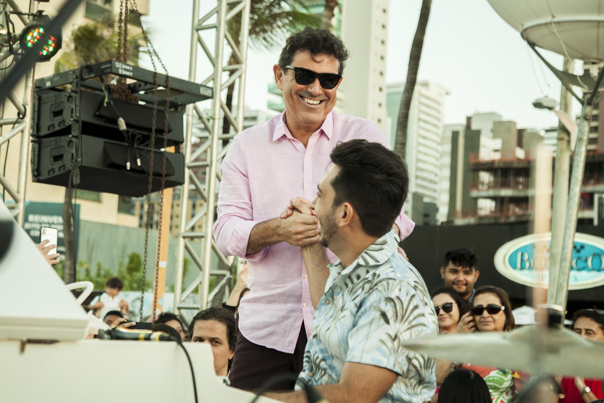 Alexandre Pereira articula realização do primeiro show drive-in beneficente de Fortaleza. Vem saber!