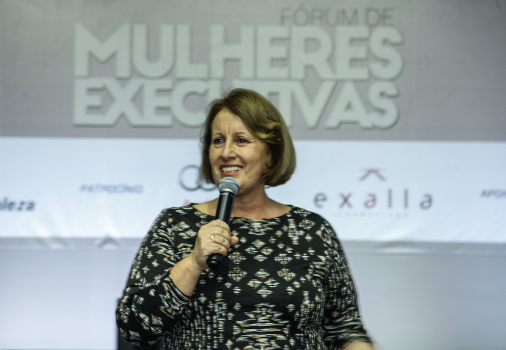 Mallory doa ventiladores para o Lar Torres de Melo
