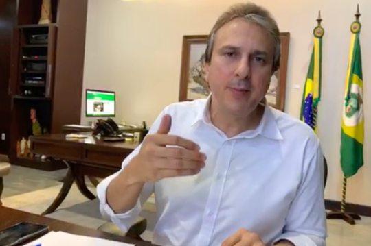 Camilo informa a chegada de 30 respiradores artificiais para hospitais da rede pública de saúde cearense