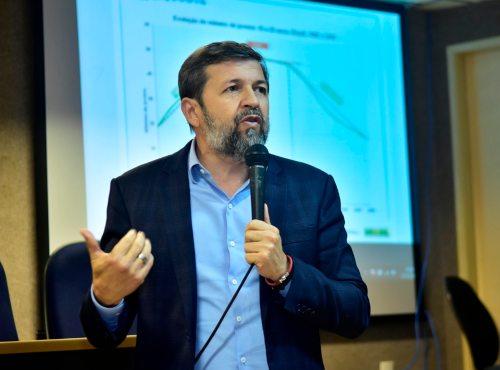 Élcio Batista diz que é preciso resolver as desigualdades estruturais da sociedade