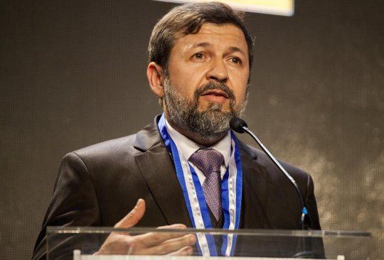 Élcio Batista afirma que é preciso muita responsabilidade durante a pandemia