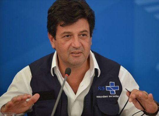 Jair Bolsonaro demite Luiz Henrique Mandetta do Ministério da Saúde