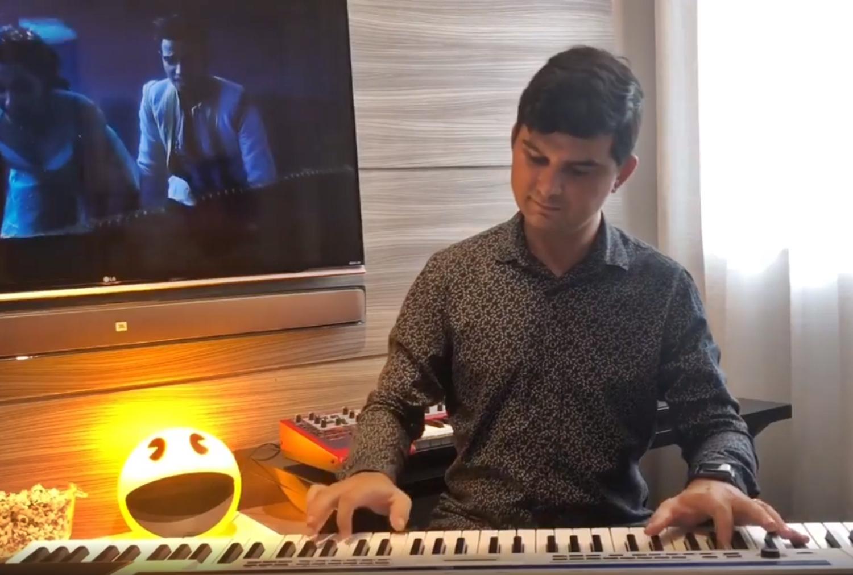 Paulo Rodrigo interpreta temas de filmes clássicos em nova programação semanal de vídeos
