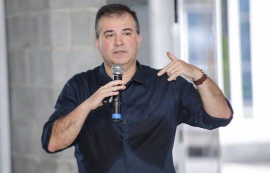 Ricardo Bezerra debate o enfrentamento à crise do coronavírus no RB Panels