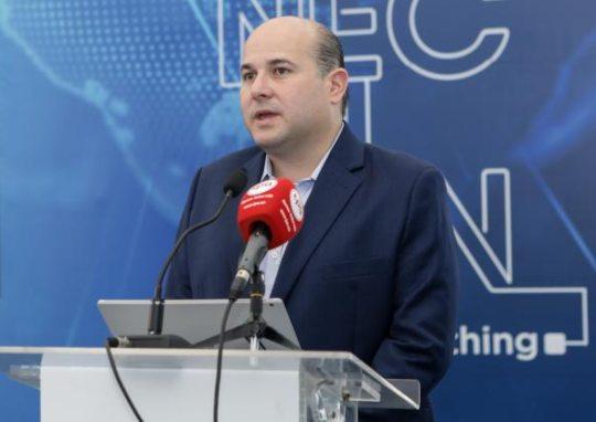 Roberto Cláudio anuncia dez novos leitos de UTI no IJF-2 e segundo bloco no PV