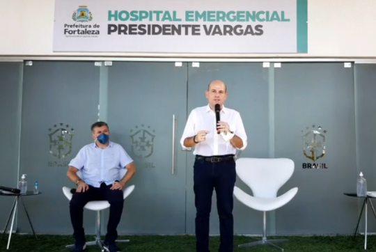 Roberto Cláudio entrega primeiros 51 leitos no Hospital de Campanha no PV