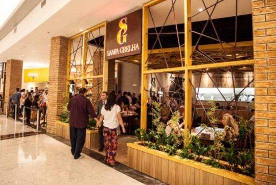 Minalba premium participa de campanha para auxiliar restaurantes de Fortaleza