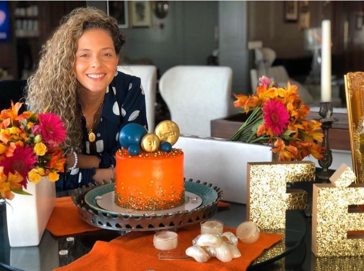 Não faltou alegria e alto astral na comemoração da troca de idade de Gabriela Carvalho