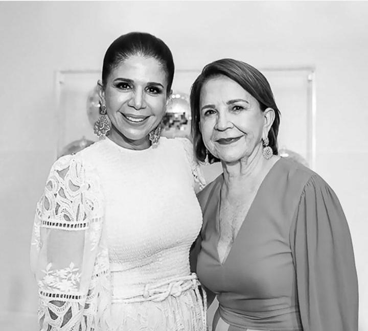 Lenita convida clientes especiais para participar da nova campanha em homenagem ao Dia das Mães