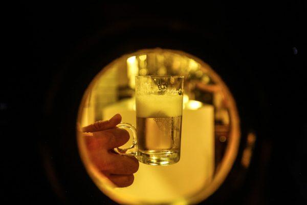 Ambev promove live cervejeira com harmonização guiada