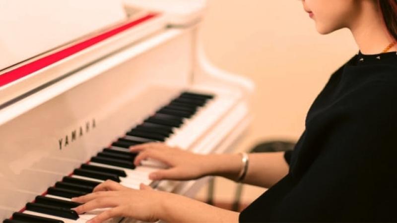 Campanha Iguatemi em Casa oferece aulas virtuais de piano semanalmente