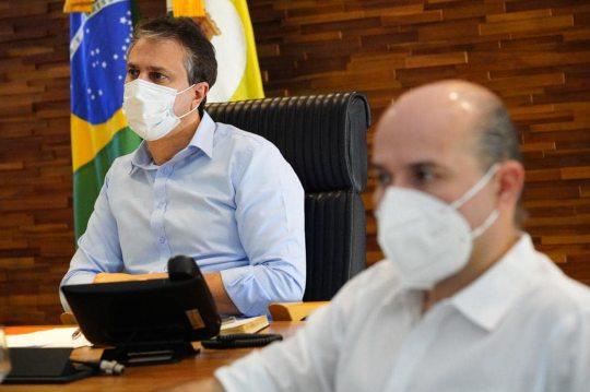 Camilo e Roberto Cláudio analisam números da pandemia e anunciam novas ações estratégicas nesta quarta-feira