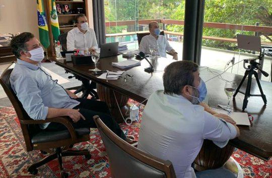 Camilo comanda reunião sobre ações rígidas de isolamento social em Fortaleza