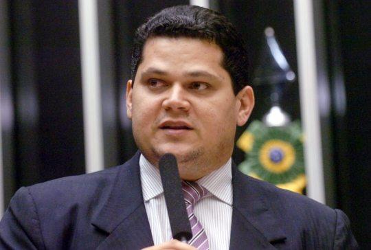Senado aprova auxílio para estados e municípios estimado em R$ 120 bilhões
