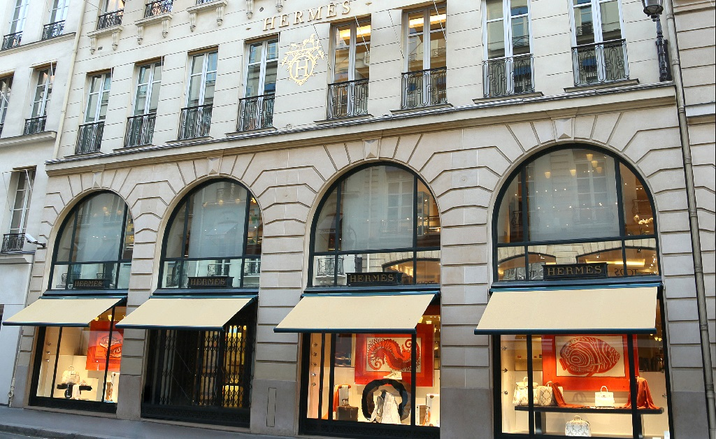 Hermès reabre sua principal maison em Paris após oito semanas de quarentena