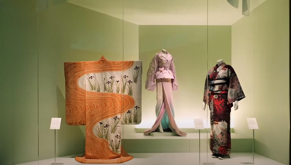 Museu V&A disponibiliza tour online por exposição de Quimonos