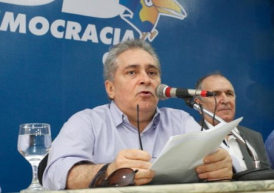 Luiz Pontes critica acusações de André Fernandes a secretário estadual de Saúde