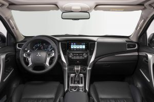 Mitsubishi Pajero Sport 2020 (1)