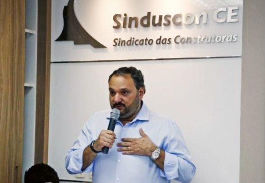 Patriolino Dias diz que construção deve ter prioridade no retorno às atividades