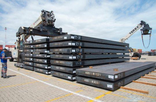 Porto do Pecém atinge exportação de 10 milhões de toneladas de placas de aço