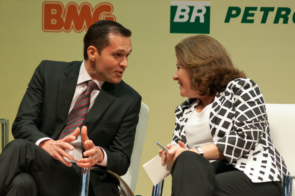 2012 Com A Então Ministra Do Planejamento Orçamento E Gestão Miriam Belchior, Duarnte Evento Em Brasília Df