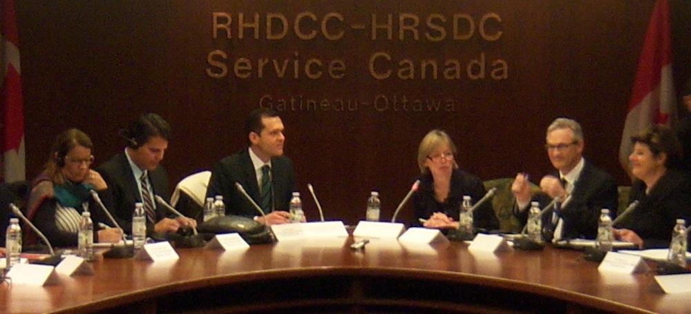 2012 Em Reunião No Service Canadá, Com Grupo De Secretários Do Brasil, Estudano Modelos De Gestão Daquele País