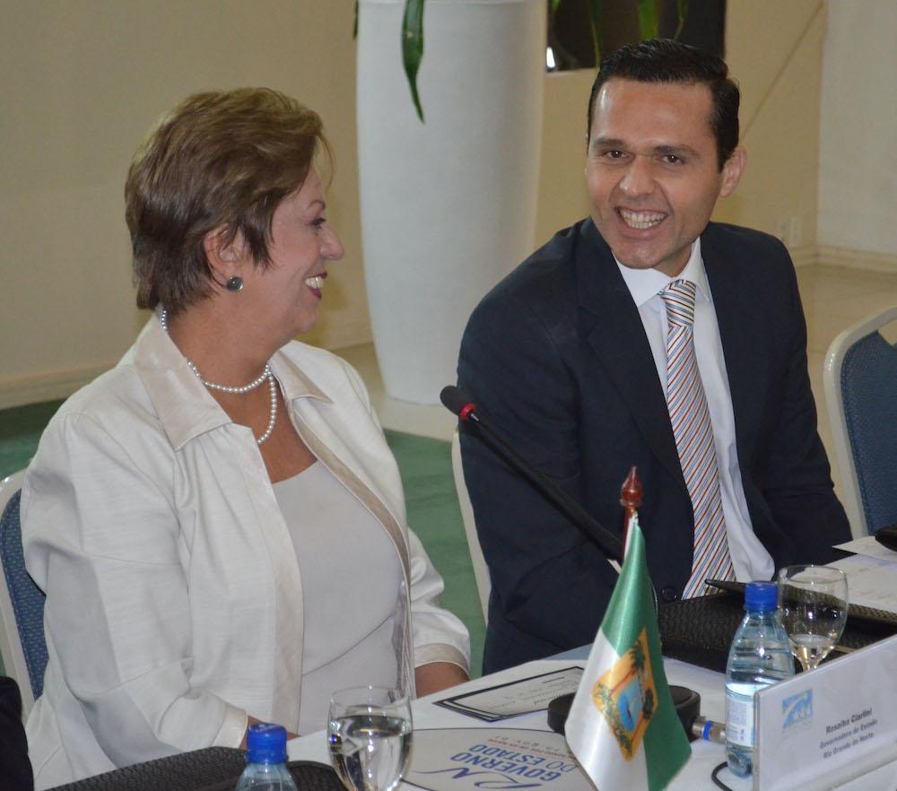 2013 Com A Então Governadora Do Rio Grande Do Norte E Atual Prefeita De Mossoró,rosalba Ciarlini, Em Evento Em Natal (rn)