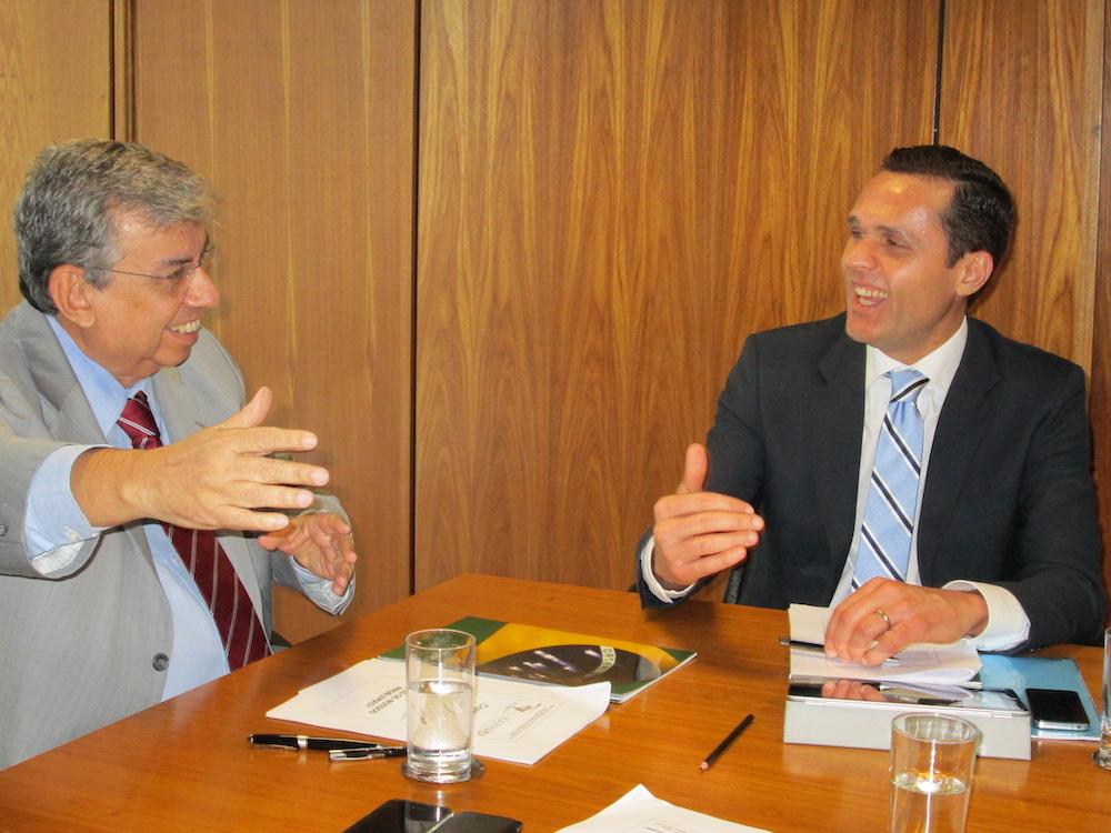 2013 Com O Então Ministro Da Previdência Senador Garibaldi Alves, Em Reunião No Ministério Da Previdência, Brasilia Df