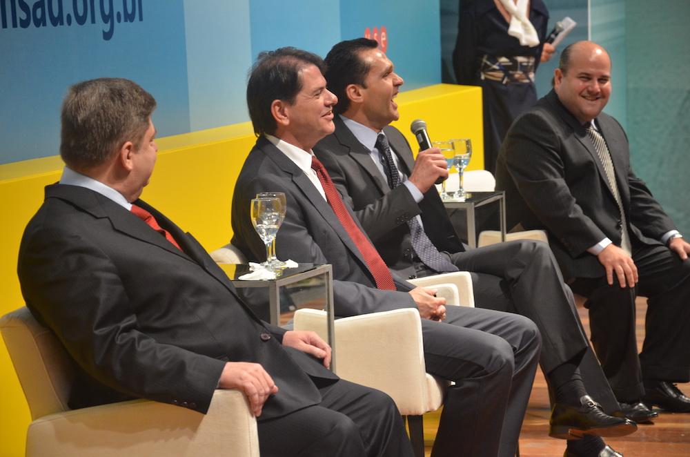 2014 Com O Ministro Do Stj Raul Araújo, O Então Governador Cid Gomes E O Prefeito Roberto Claudio, Por Ocasião De Evento Em Brasília Df