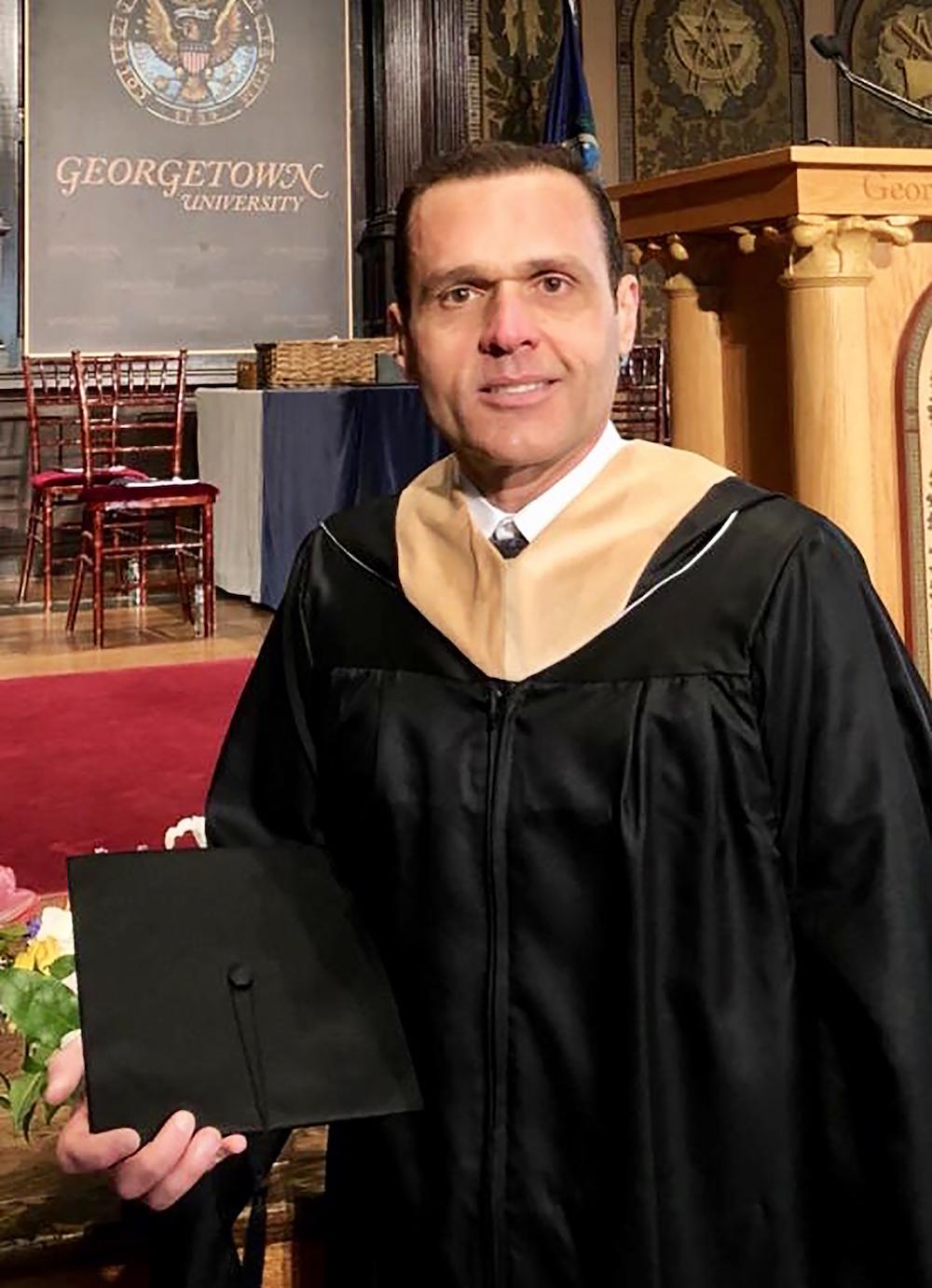2017 Por Ocasião Da Conclusão Do Mestrado Em Liderança, Ministrado Pela Escola De Negócios Da Universidade De Georgetown, Em Washington Dc, Eua